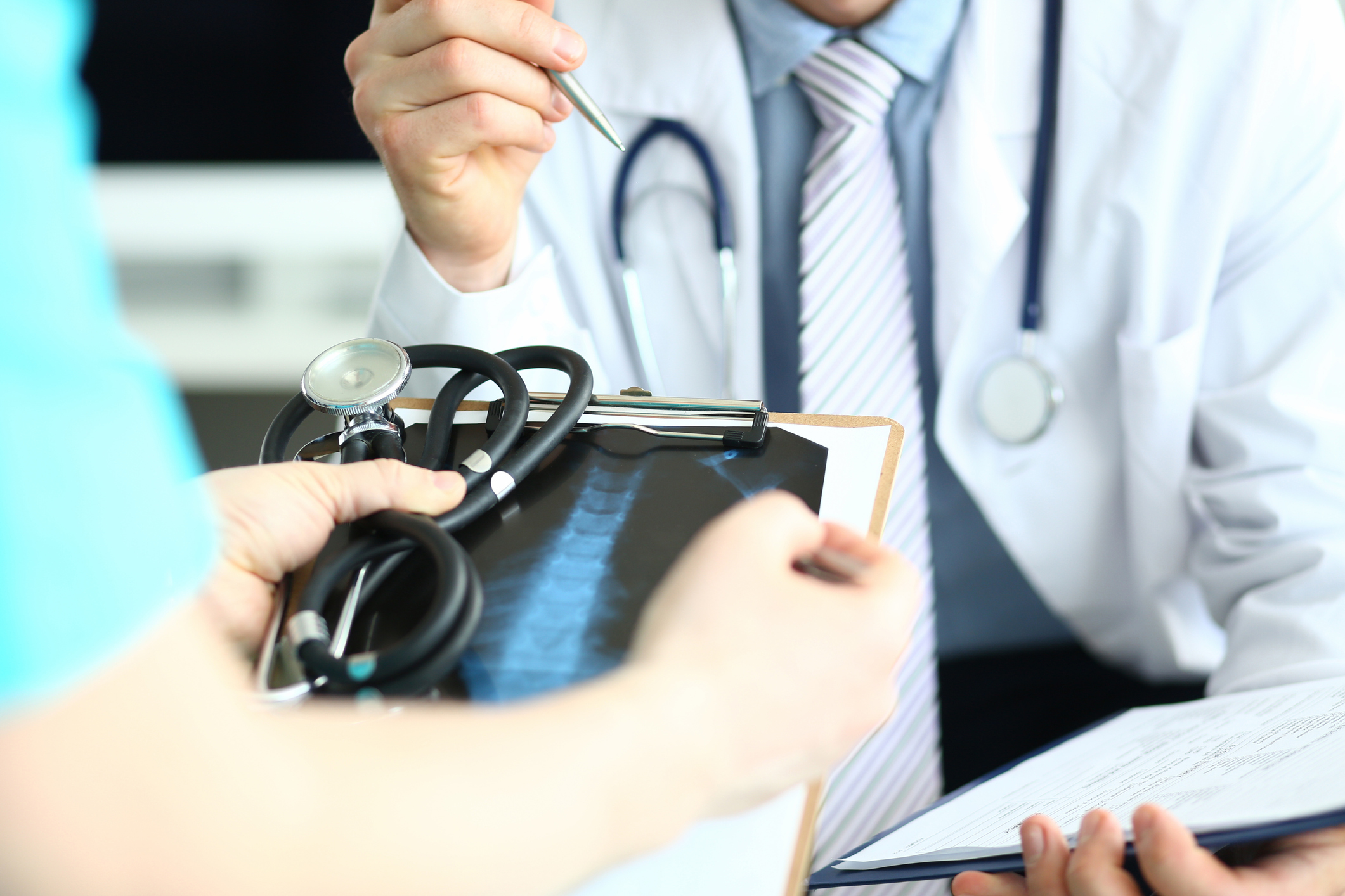 Is Minimally Invasive Spinal Surgery Right for You?